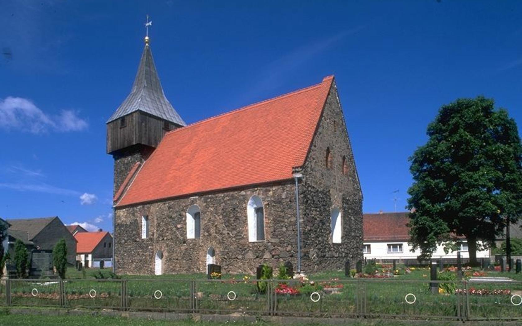 Wehrkirche Grießen, Foto: Rainer Weisflog