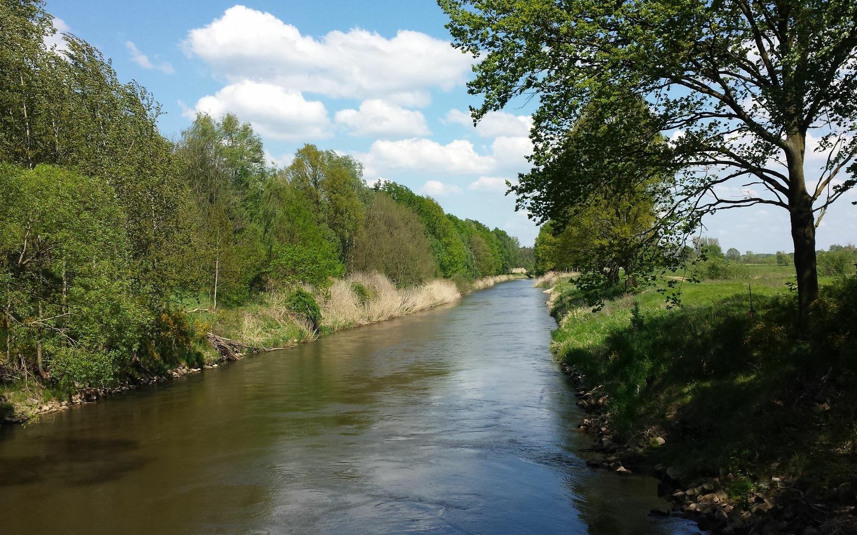 Kanal hinter dem Wasserkraftwerk Grießen, Foto: P. Neumann - Tourismusverband Niederlausitz e.V.