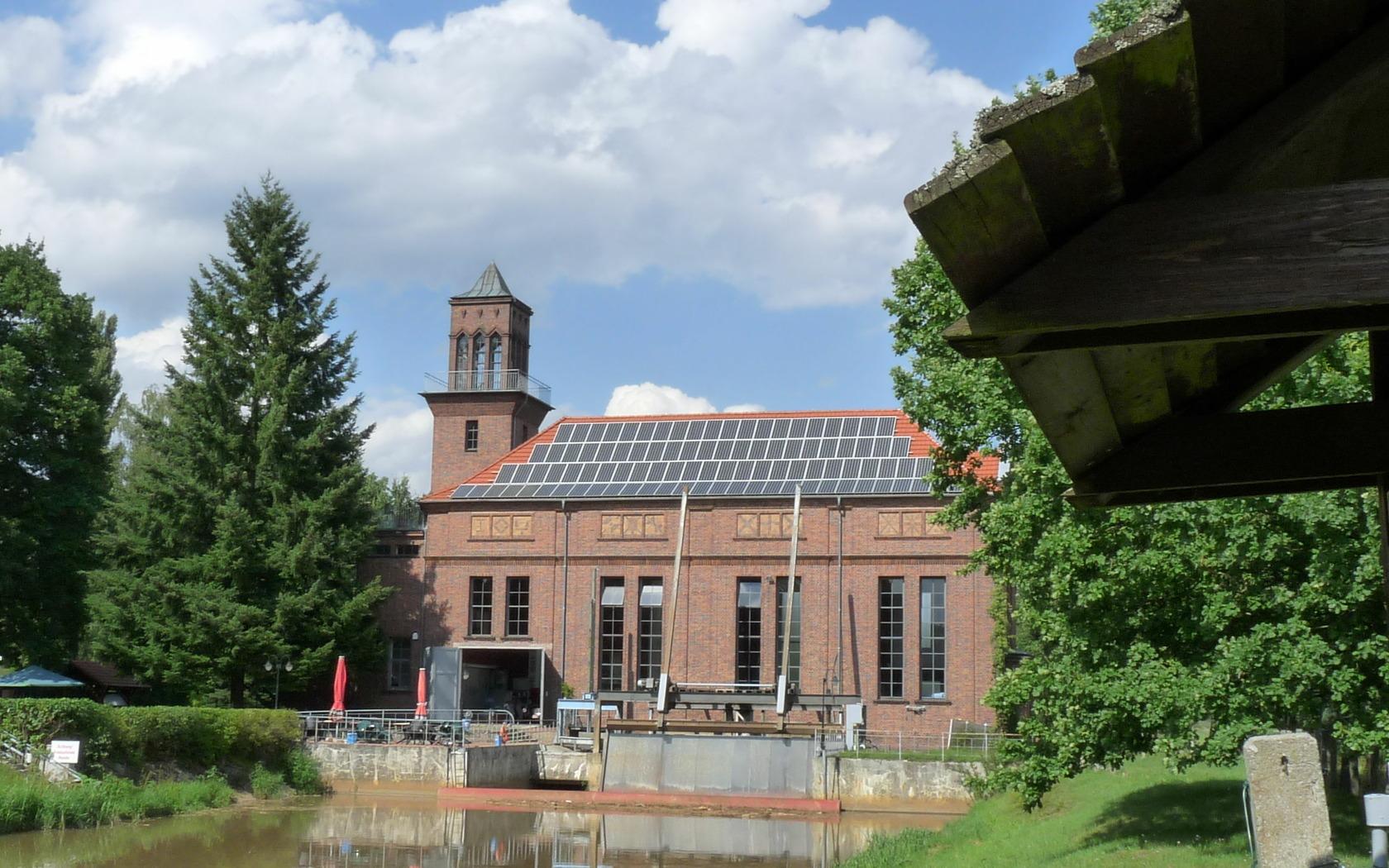 Wasserkraftwerk Grießen, Foto: P. Neumann - Tourismusverband Niederlausitz e.V.