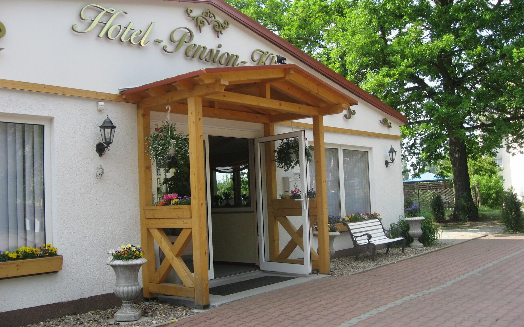 Hotel & Pension Klinger Aussenansicht, Foto: MuT Guben