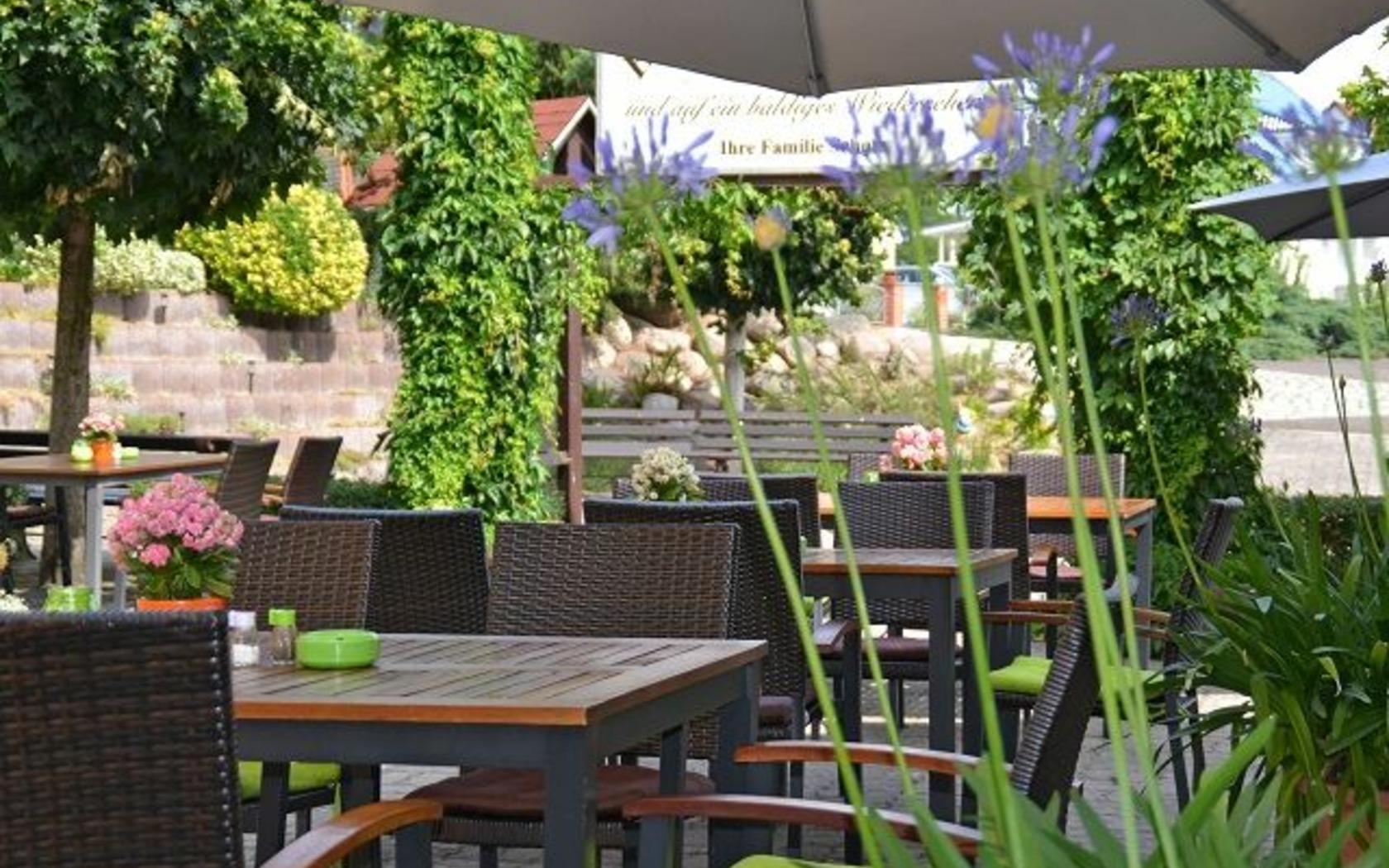 Bergschänke im Berghotel Bresinchen, Außenbereich, Foto: MuT Guben