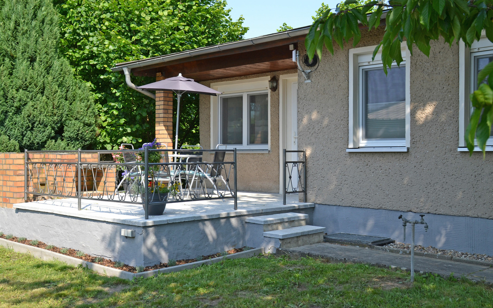Aussenansicht Ferienhaus Gartenidyll, Foto: MuT Guben