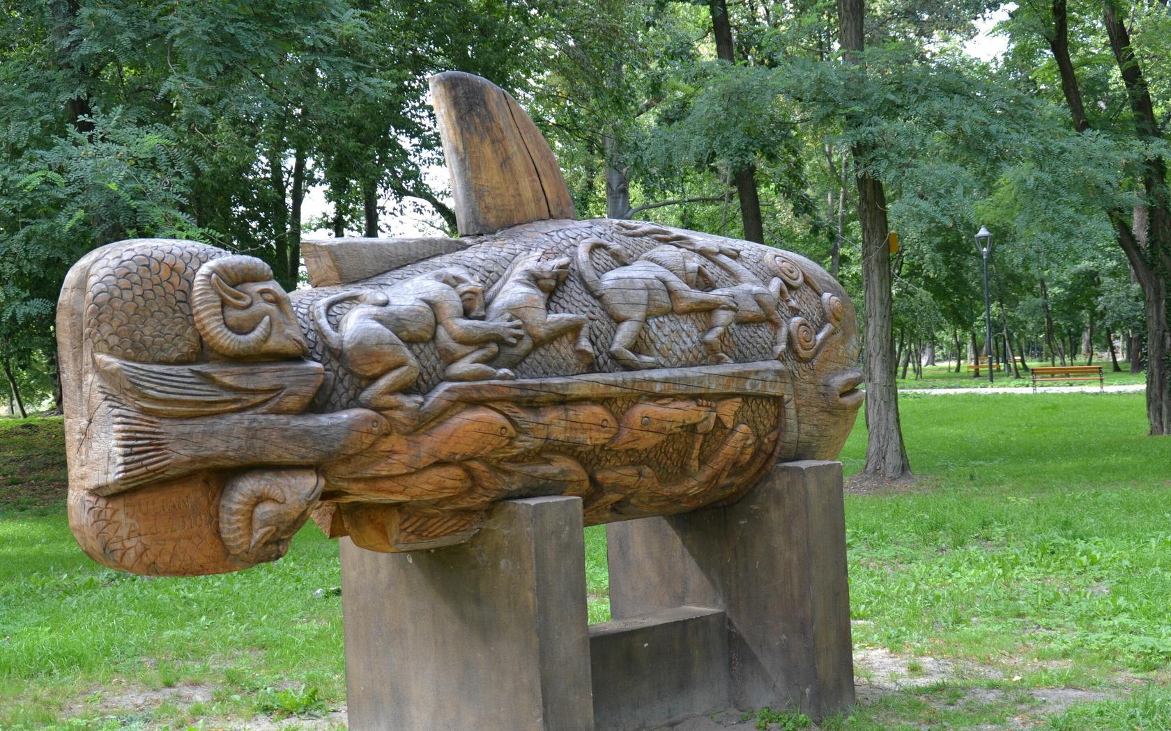 Skulptur auf der Theaterinsel Gubin, Foto: Marketing und Tourismus Guben e.V.