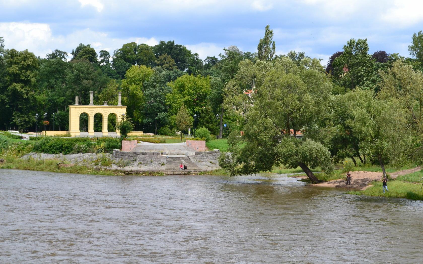 Blick auf die Theaterinsel Gubin, Foto: Marketing und Tourismus Guben e.V.
