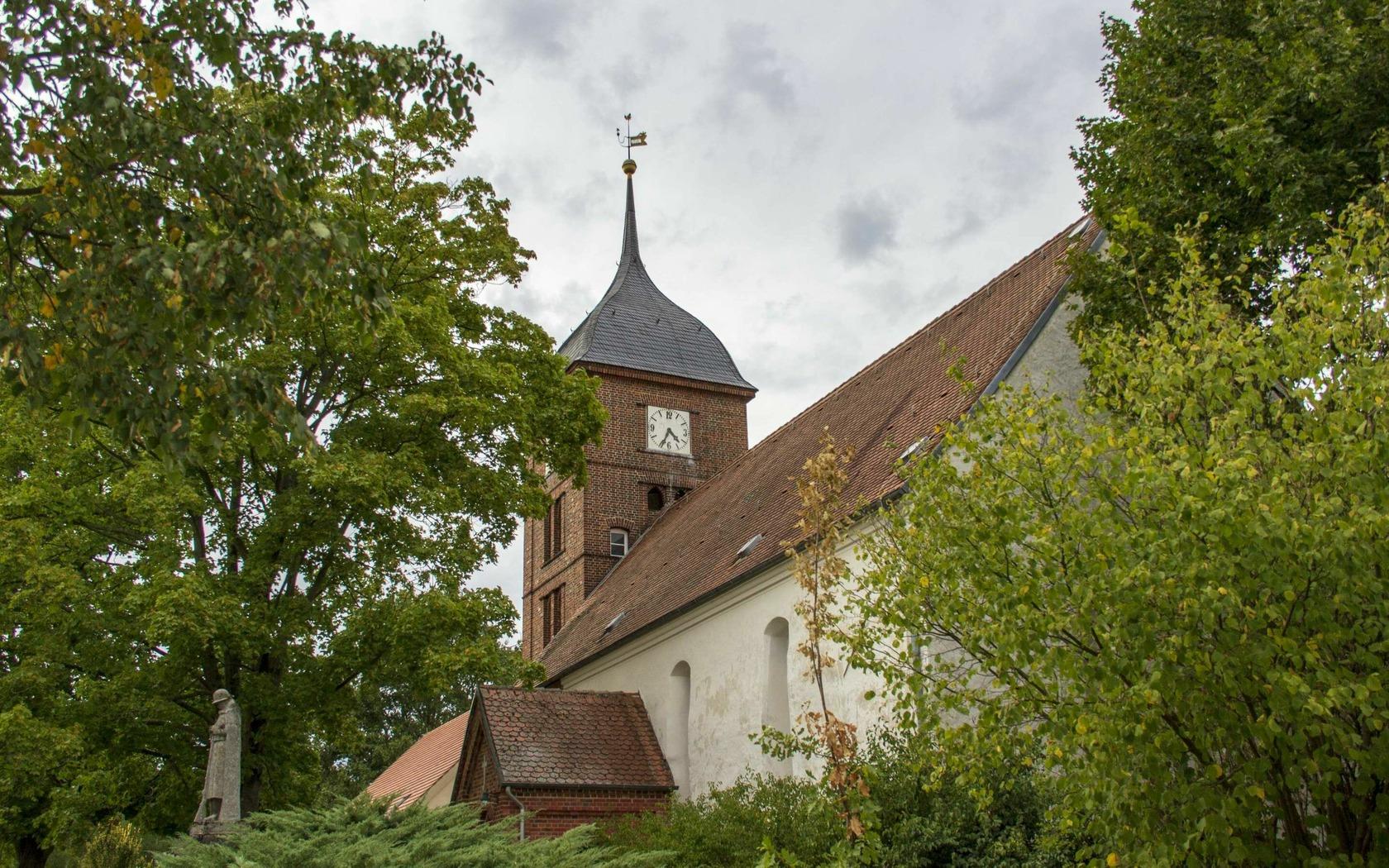 Kirche Atterwasch, Foto: TMB-Fotoarchiv/ScottyScout