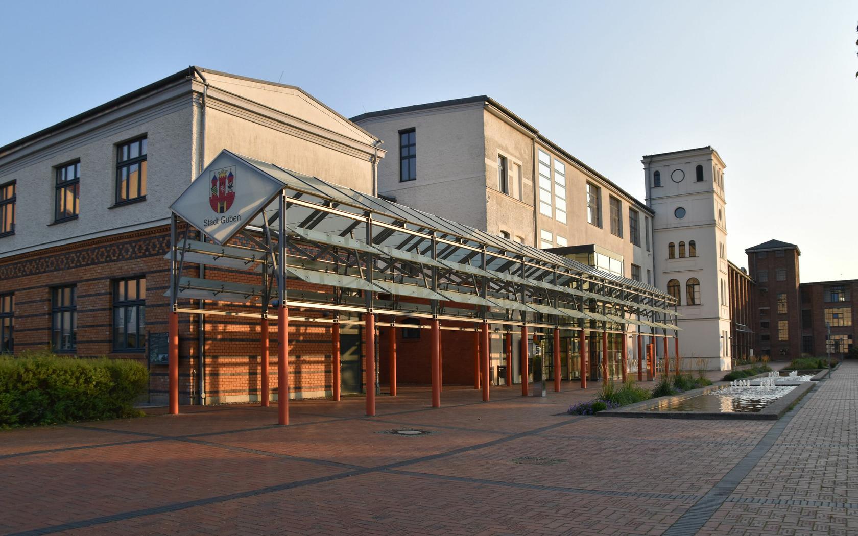 Rathaus Guben , Foto: Marketing und Tourismus Guben eV, Lizenz: Marketing und Tourismus Guben eV